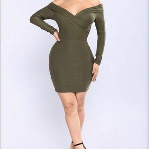 🔥Fashion Nova olive off shoulder dress 🔥🔥🔥🔥